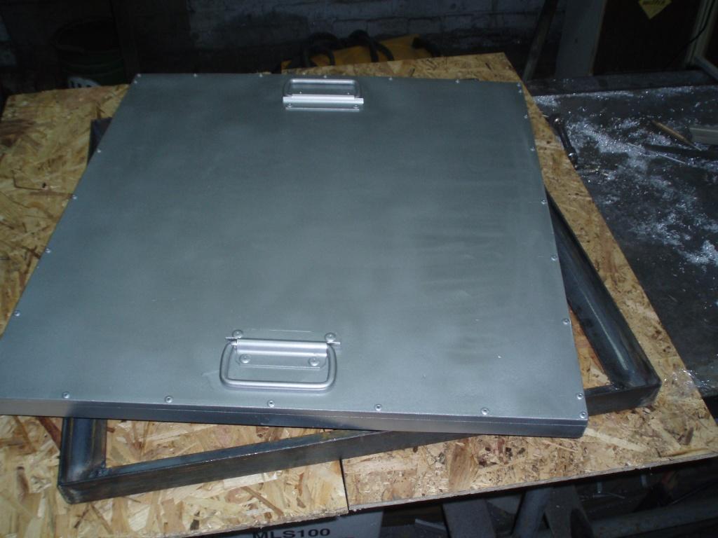 Алюминиевый люк
